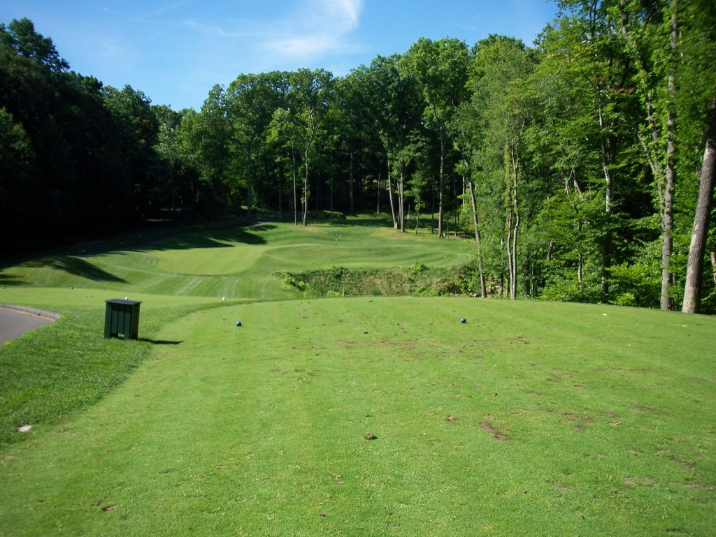 Tashua Glen - Par 33 (photo by Greg D'Andrea)