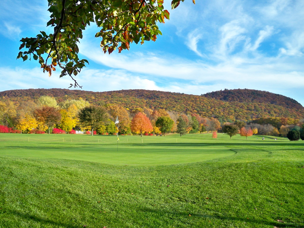 sleeping giant golf course