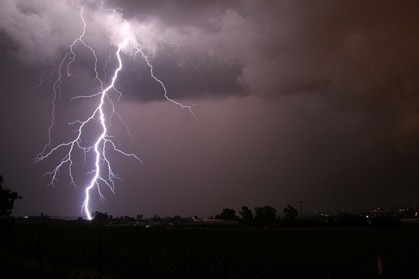 Lightning golf course