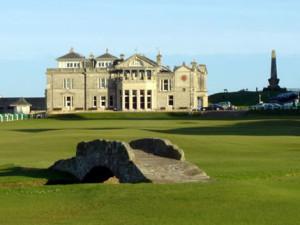 R & A golf club